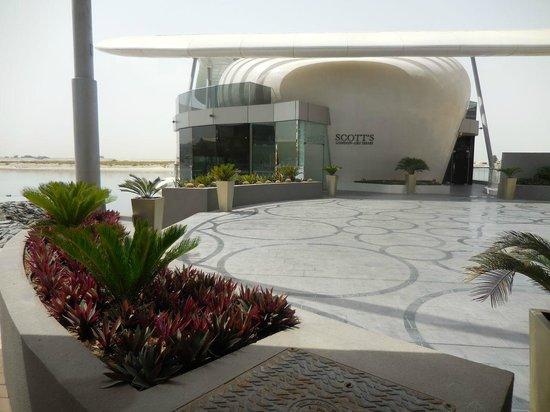 Jumeirah at Etihad Towers: Scott's restaurant (into the sea)