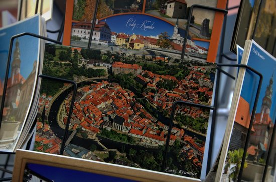 Historic Center of Cesky Krumlov : Small town fit for the little kids in you