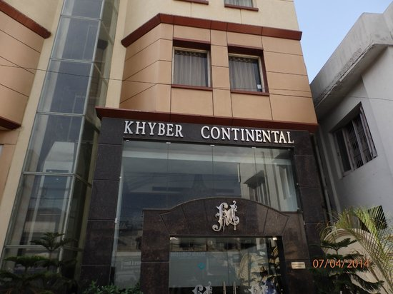 Hotel Khyber Continental: The front view
