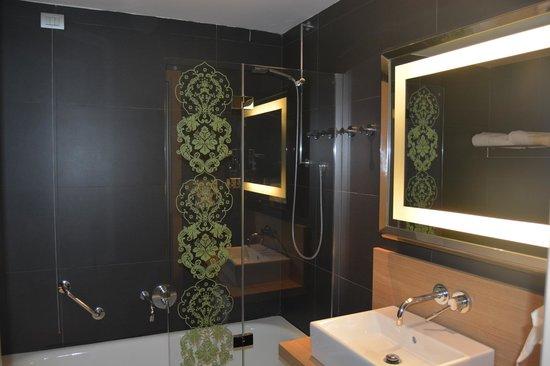 NH Palermo: Salle de bains