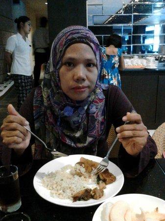 Solaris Hotel Kuta : enak nya makan pagi di solaris hotel