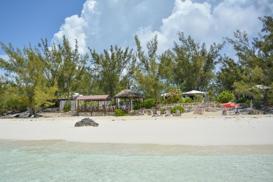 Pigeon Cay Beach Club: View from the water