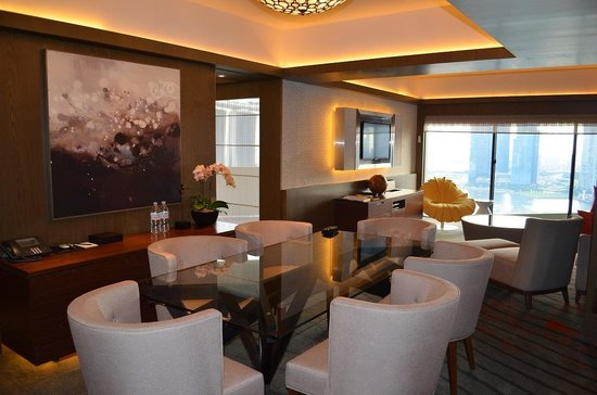 Pan Pacific Singapore: living room