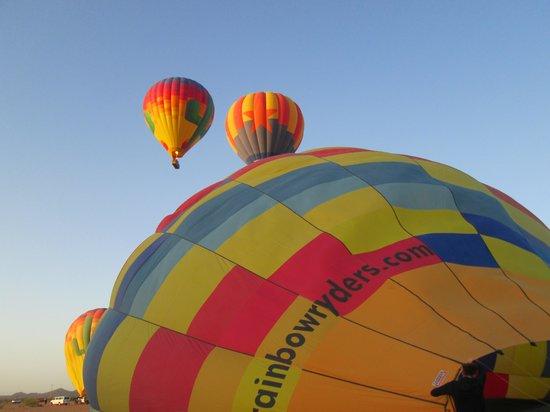 Rainbow Ryders, Inc. Hot Air Balloon Company: Getting Ready