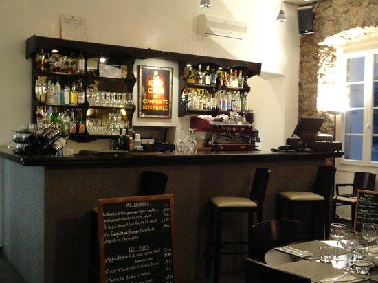 Le 24 : L'intérieur du restaurant