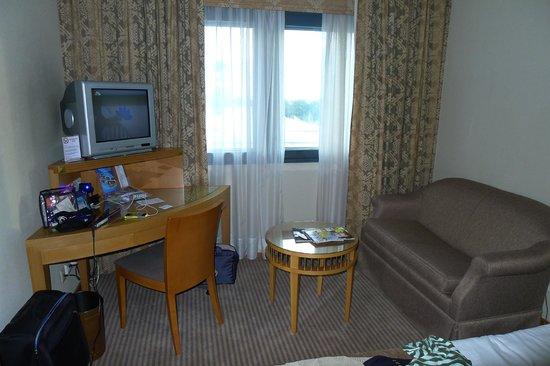 Metropolitan Hotel: Room 523