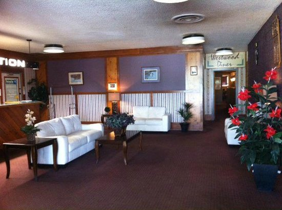 Westwood Inn: Lobby