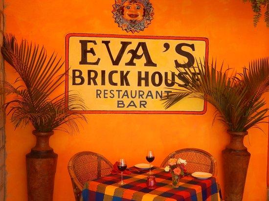 Eva`s Brickhouse: Eva's Brickhouse's Patio soon to be air conditioned