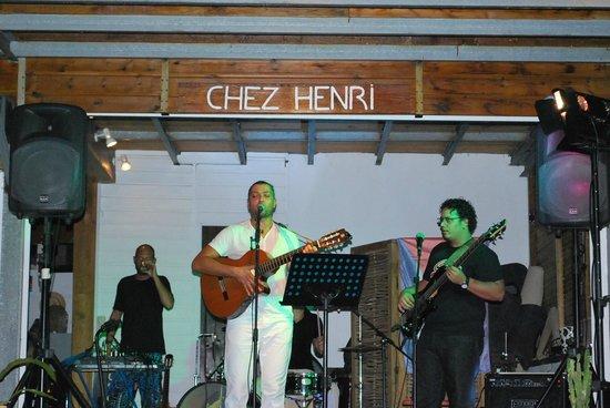 Chez Henri: concert chez henri