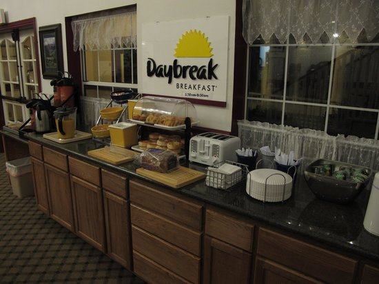 Days Inn Sutter Creek : the breakfast counter