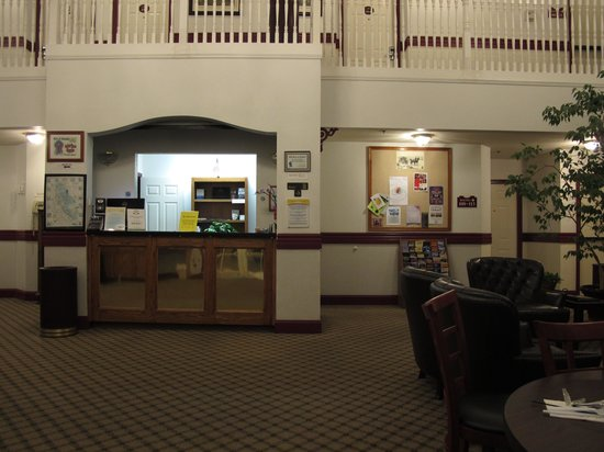 Days Inn by Wyndham Sutter Creek: the lobby