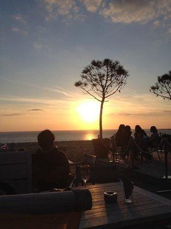 La Corniche : coucher de soleil ....