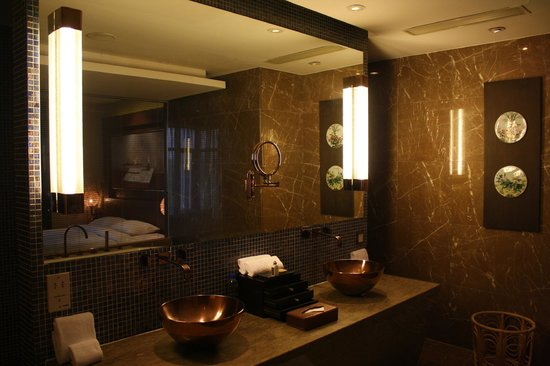Pudi Boutique Hotel: Bathroom