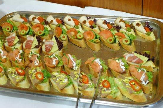 Metropolitan Hotel: Meeting room food