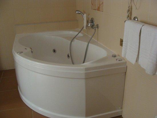 Metamorphis: ванна