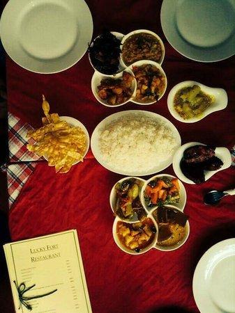 Lucky Fort Restaurant: The spread