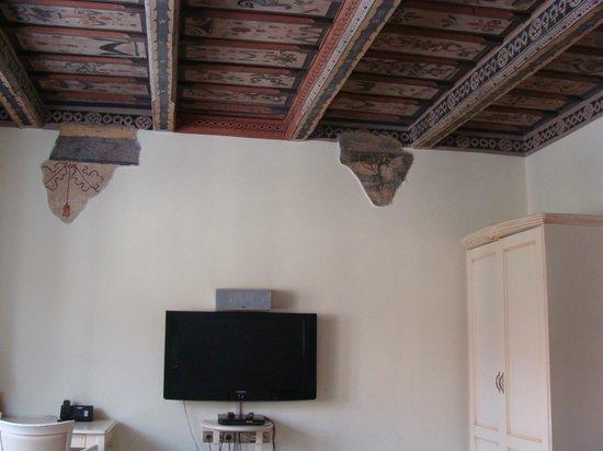 Metamorphis: потолок