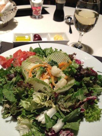 Metropolitan Hotel: Green salad