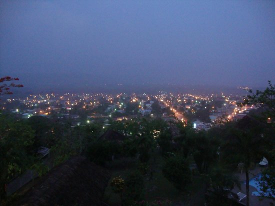 Cahal Pech Village Resort: View of San Ignacio at night from our balcony
