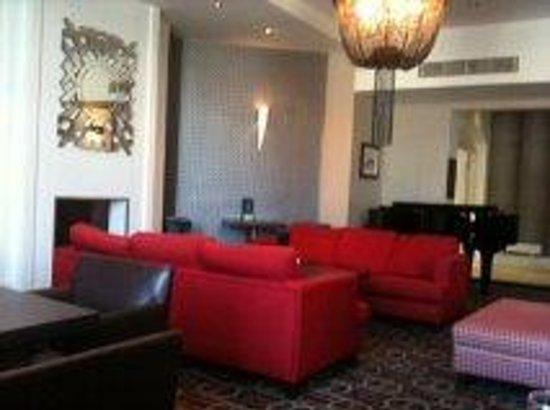 Holiday Inn Darlington A1 Scotch Corner: Lounge area where we had lunh