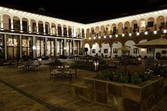 JW Marriott El Convento Cusco: courtyard