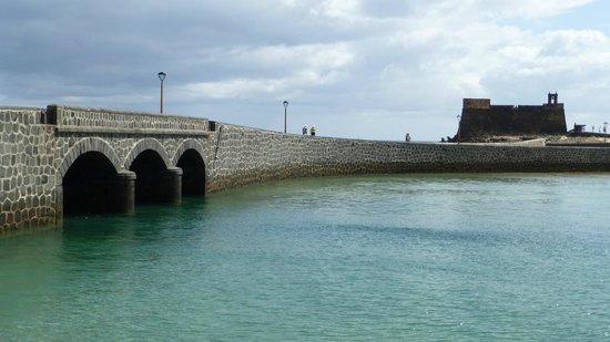 Castillo de San Gabriel: Castle and bridge: only for the walk