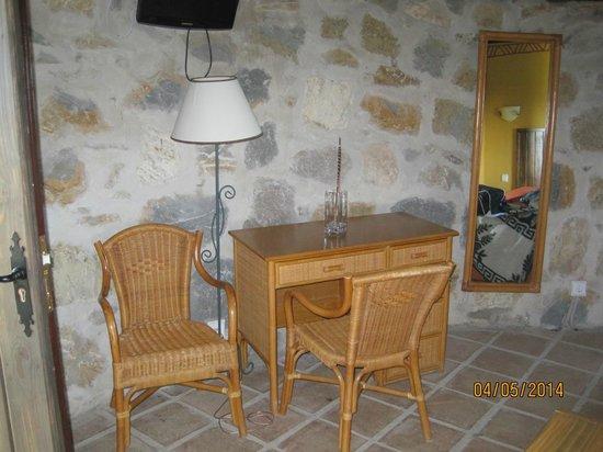 Hotel Selwo Lodge: Cabaña interior