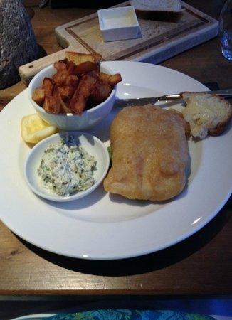 South Sands Hotel: Dinner - fish and chips