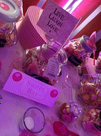 Knightsbrook Hotel & Golf Resort: Sweet table