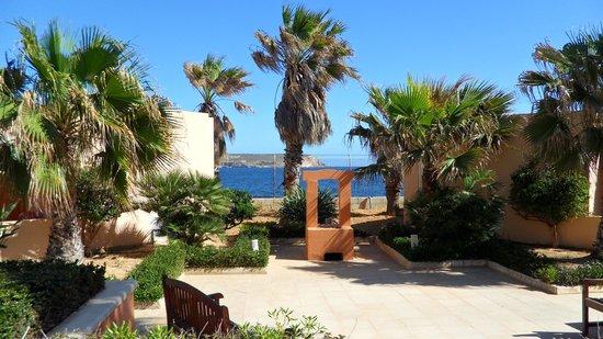 Ramla Bay Resort : grounds