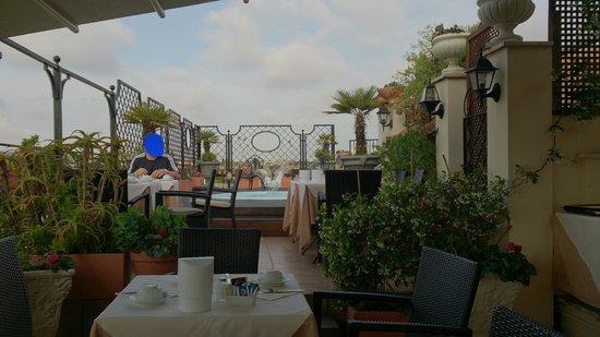 Colonna Palace Hotel: Dachterasse