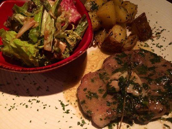 Canos Tapas Cocina: Cuello de cerdo con salsa