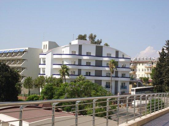 Horus Paradise Luxury Resort: отдельно стоящий корпус отеля