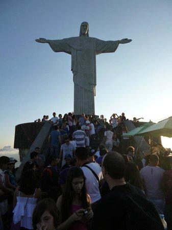 Statue du Christ Rédempteur : The crowds didn't dampen my excitement