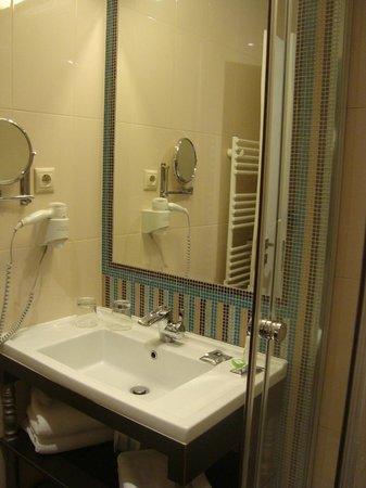 La Prima Fashion Hotel: banheiro
