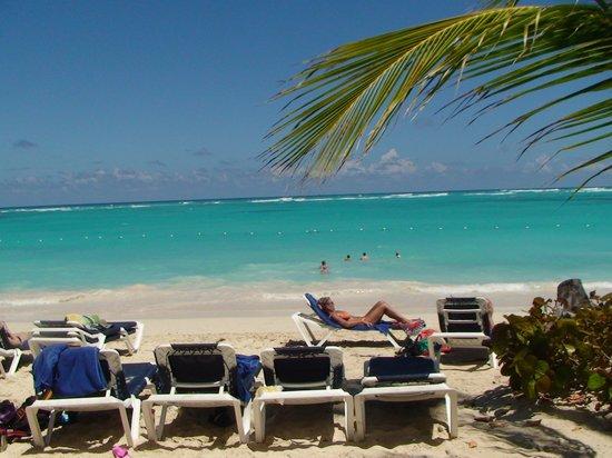 Grand Palladium Palace Resort, Spa & Casino: love this beach
