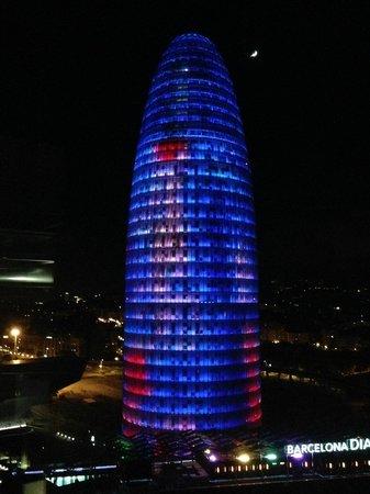 Novotel Barcelona City: Torre Agbar, fotografata dalla terrazza del Novotel