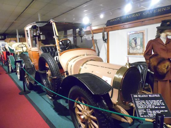 The Car and Carriage Caravan Museum: Fashion