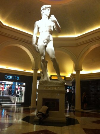 Caesars Palace : David