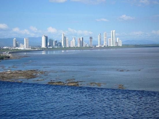 The Bahia Grand Panama: View from infinity pool