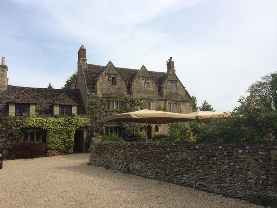 The Cotswold Plough Hotel & Restaurant: Hotel