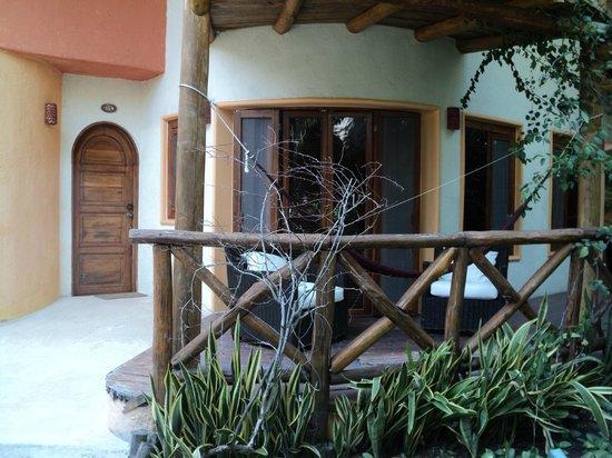 Villas HM Paraiso del Mar: Balcón con hamaca para descansar