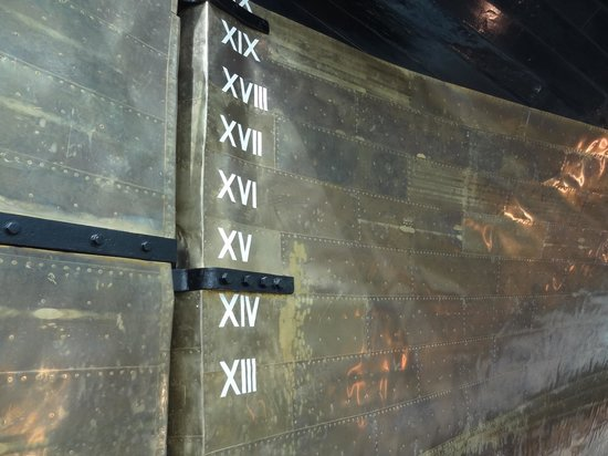 Cutty Sark: Outside of hull - copper and metal plates