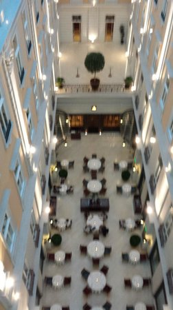 Corinthia Hotel Budapest: Sala colazione / cena