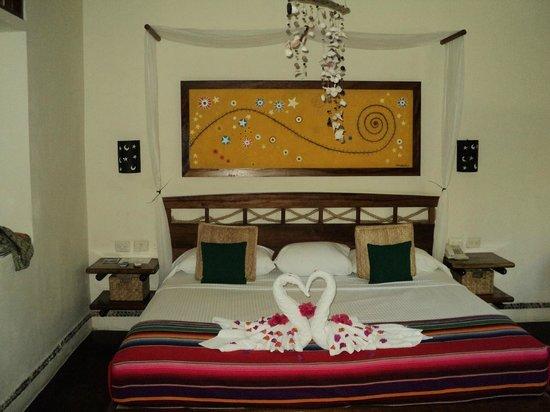 Villas HM Paraiso del Mar: Me decoraron con diferentes diseños con toallas la habitación diario. Después que me quejé