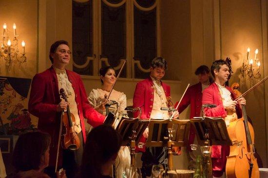 Mozart Dinner Concert: Quintet