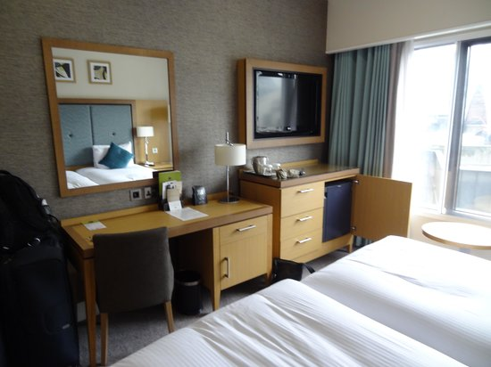 DoubleTree by Hilton Hotel London - Victoria: The room