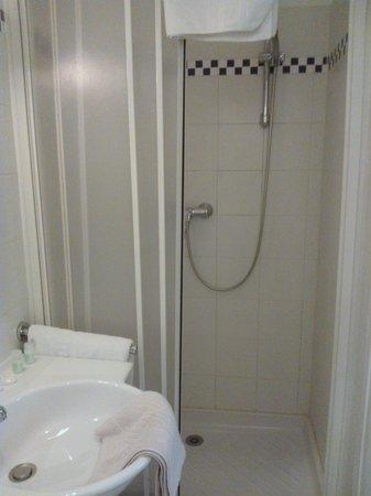 Pacific Hotel : bagno 1