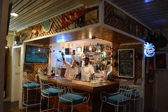 The Seahorse Inn: The incredible guys at the bar are so friendly and welcoming. Plus their mojito is outstanding!!