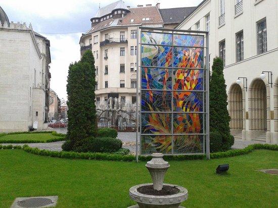 Great / Central Synagogue (Nagy Zsinagoga): Raoul Wallenberg Holocaust Memorial Park